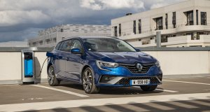 2020-facelift-Renault_MEGANE_E-TECH_plug-in_hybrid- (1)