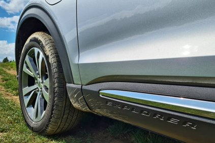 prvni-jizda-2020-ford-explorer-plug-in-hybrid- (20)