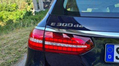 prvni-jizda-2021-mercedes-benz-e-300-de-4matic-kombi-facelift- (6)