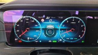 prvni-jizda-2021-mercedes-benz-e-300-facelift- (21)