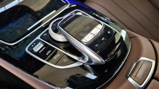 prvni-jizda-2021-mercedes-benz-e-300-facelift- (26)