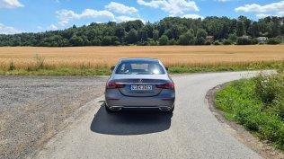prvni-jizda-2021-mercedes-benz-e-300-facelift- (4)