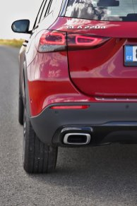 test-2020-mercedes-benz-gla-220d-4matic- (19)