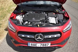 test-2020-mercedes-benz-gla-220d-4matic- (22)