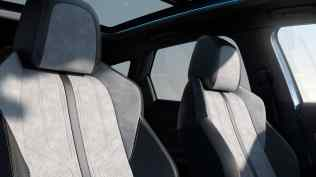 2020-Peugeot-3008-facelift- (15)