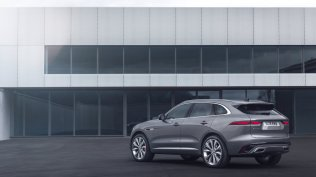2021-Jaguar_F-PACE-facelift- (6)