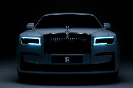 2021-Rolls-ROyce-Ghost-2