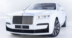 2021-Rolls-ROyce-Ghost-4