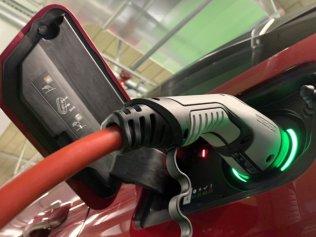 Test-2020-plug-in_hybrid-Peugeot_3008_GT_Hybrid4- (33)