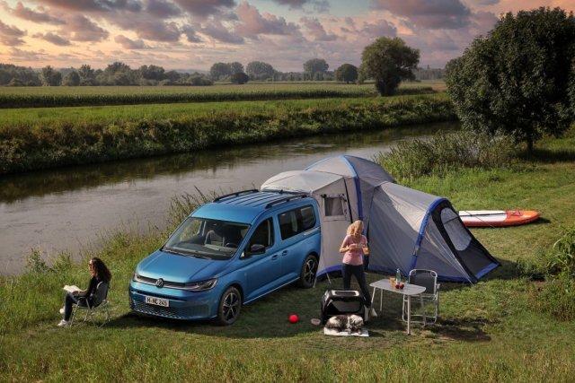 Volkswagen_Caddy_California_Camping- (1)