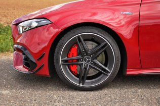 test-2020-mercedes-amg_a_45_s-4matic- (16)