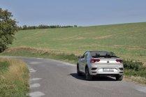 test-2020-volkswagen_t-roc_cabriolet-15-tsi-110kw-dsg- (6)