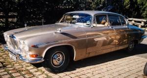 ukradeny-jaguar-1