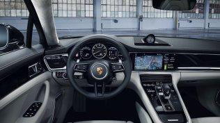 2020-Porsche_Panamera_Turbo_S_E-Hybrid- (4)