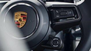 2020-Porsche_Panamera_Turbo_S_E-Hybrid- (5)