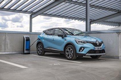 2020-Renault_Captur_E-TECH-plug-in_hybrid- (1)