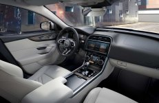 2021-Jaguar_XE_facelift- (6)