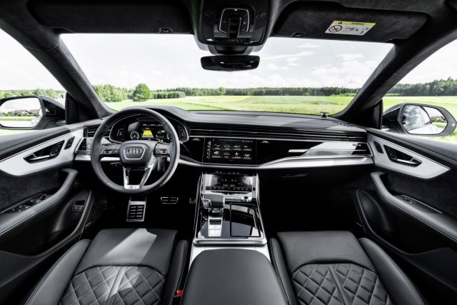 2021-audi-q8-tfsie-quattro-plug-in-hybrid- (12)