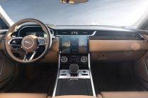 2021-facelift-Jaguar_XF-interier- (1)