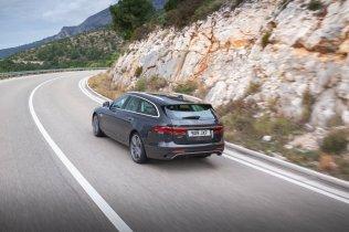 2021-facelift-Jaguar_XF_Sportbrake- (3)