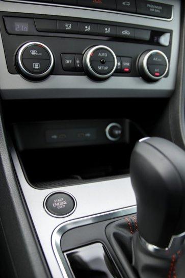 prvni-jizda-2020-seat-ateca-fr-20-tsi-140-kW-4drive-fr-facelift- (31)