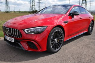 test-2020-mercedes-amg-gt-53-4matic-ctyrdverove-kupe- (12)