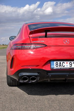 test-2020-mercedes-amg-gt-53-4matic-ctyrdverove-kupe- (23)