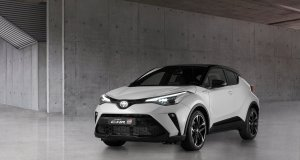2020-Toyota_C-HR_GR_SPORT- (1)