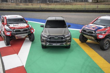 toyota_gazoo_racing-rallye_dakar_2021-toyota_hilux- (1)