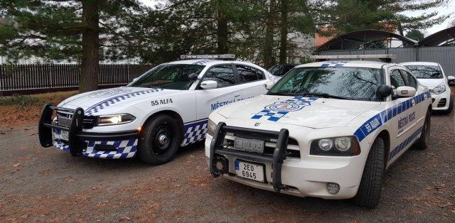 dodge_charger-mestska_policie-lazne_bohdanec- (3)