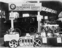 bmw-30_let_v_CR-motorky-bmw_motorrad- (3)