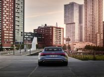 2021-Audi_e-tron_GT-elektromobil- (6)