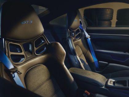 2021-Porsche_911_GT3- (13)