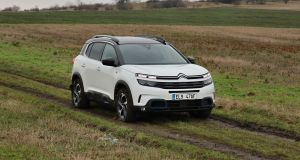 Test-2021-Citroen_C5_Aircross-Hybrid-225-e-EAT8- (3)