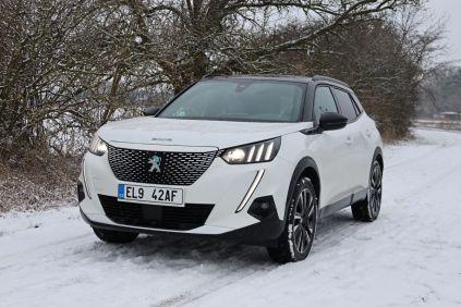 Test-2021-elektromobil-Peugeot_e-2008- (9)