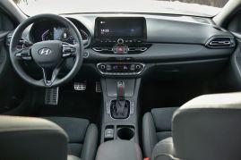 Test_2021_Hyundai_i30_kombi-N_Line-15_T-GDI-Mild-Hybrid-DCT- (22)