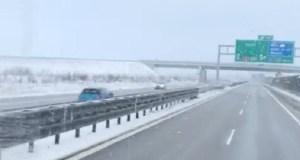 citroen_v_protismeru_na_dalnici_d3-video