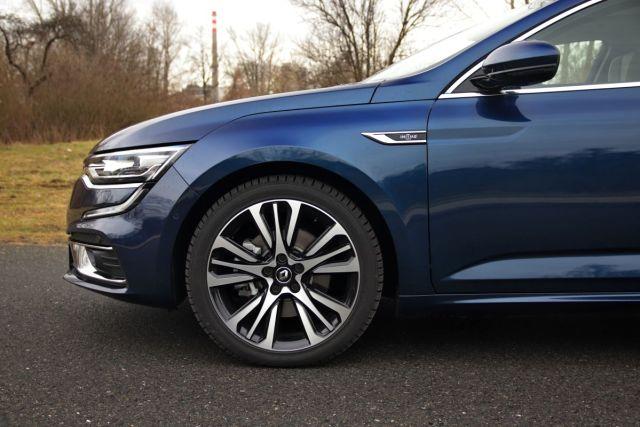 test-2021-Renault_Talisman_Grandtour-Blue_dCi_190-EDC-Initiale_Paris- (13)