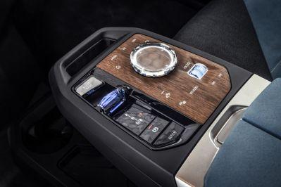 2021-BMW_iDrive- (17)