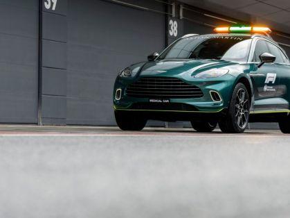 Safety_car-a-Medical_car-F1-Aston_Martin- (3)