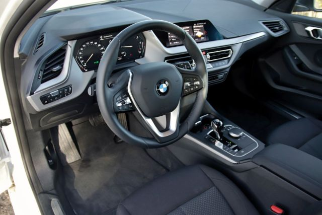 Test-2021-BMW_118i- (16)