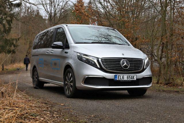 test-2021-elektromobil-mercedes-benz_eqv- (1)