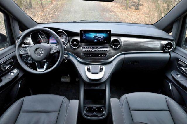 test-2021-elektromobil-mercedes-benz_eqv- (12)