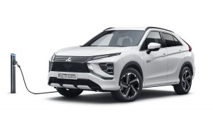Mitsubishi_Eclipse_Cross_PHEV-MY21- (1)