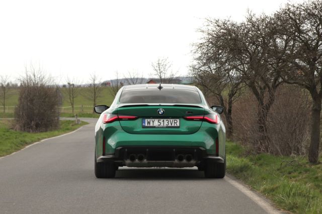 test-2021-bmw_m4_competition-g82- (5)