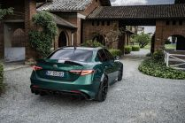 2021-Alfa_Romeo_Giulia_GTA- (6)