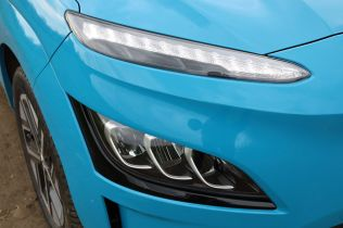 Test-2021-elektromobil-Hyundai_Kona_Electric- (10)