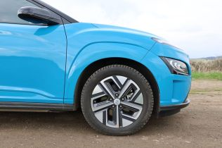 Test-2021-elektromobil-Hyundai_Kona_Electric- (11)