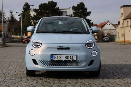 test-2021-elektromobil-fiat_500e-la_prima- (1)