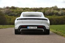 test-2021-elektromobil-porsche_taycan_turbo- (5)